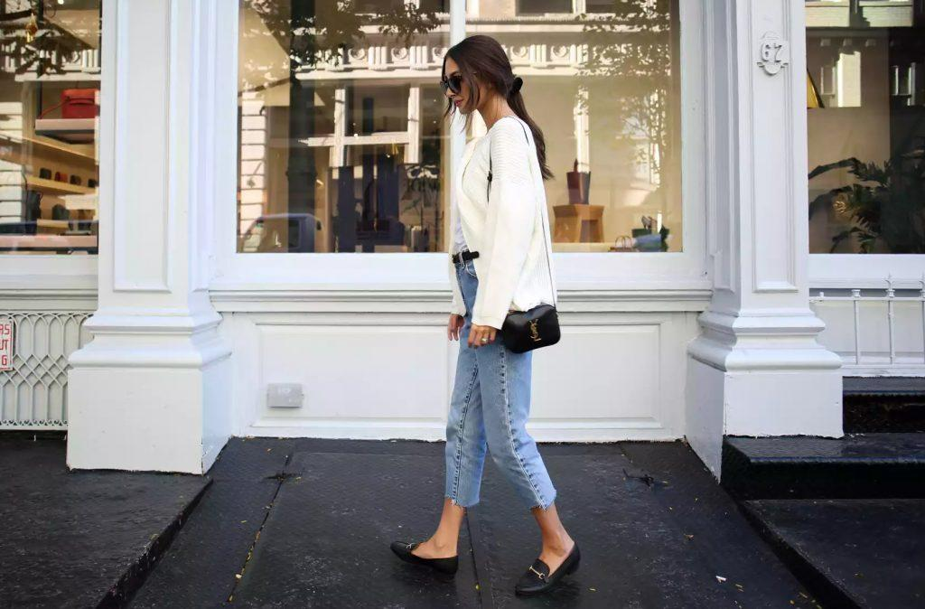 How-to-Look-Chic-in-the-Most-Comfortable-Way-Possible-feat-1024x674